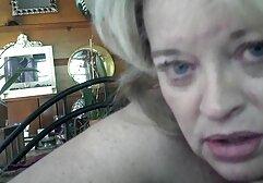 Ungherese megasesso romantico slut ottiene scopata da due uomini.