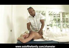 La giovane megasesso tradimento donna scopa davanti a suo marito.