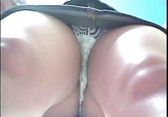 Curvy video porno italiani megasesso ragazza con un rimorchio con un pompino e un cazzo di caldo in macchina a mangiare il suo viso.