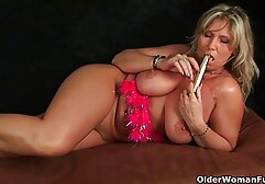 Matura e bella bionda si toglie il bikini e inizia megasesso casting a scopare con lei.