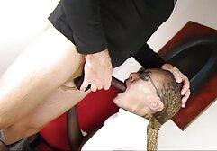 Una giovane donna ha accettato l'invito di una coppia per il sesso anale megasesso categorie generale, Sesso a tre, fmzh nella camera D'albergo VIP.